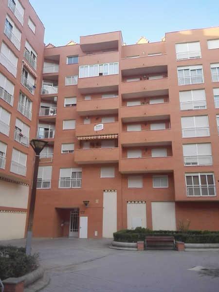 Piso en venta en Carretera de Santpedor, Manresa, Barcelona, Calle Francesc Cots, 63.000 €, 3 habitaciones, 1 baño, 75 m2