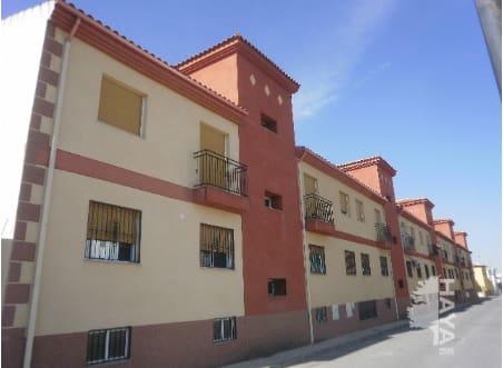 Piso en venta en Cijuela, Granada, Avenida de Andalucia, 63.370 €, 2 habitaciones, 4 baños, 77 m2