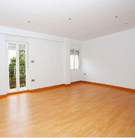 Piso en alquiler en Valencia, Valencia, Calle Serrreria, 550 €, 2 habitaciones, 67 m2