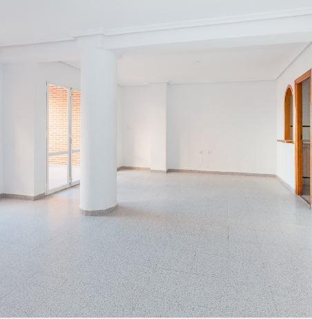 Piso en alquiler en Torrevieja, Alicante, Calle Concordia, 715 €, 3 habitaciones, 2 baños, 115 m2