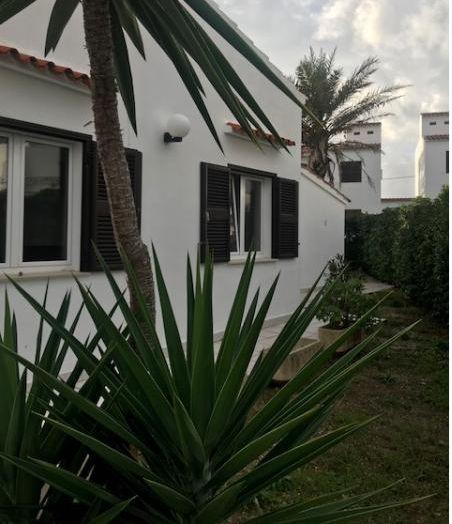 Casa en venta en Sant Lluís, Baleares, Calle Des Tamarells, 240.000 €, 3 habitaciones, 2 baños, 110 m2