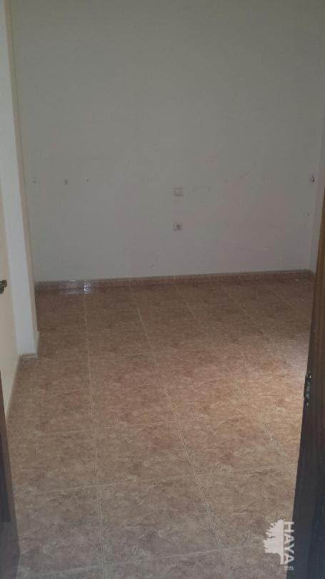 Piso en venta en Piso en Puerto del Rosario, Las Palmas, 56.735 €, 2 habitaciones, 1 baño, 60 m2