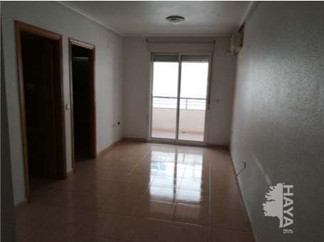 Piso en venta en Piso en Torrevieja, Alicante, 62.407 €, 2 habitaciones, 1 baño, 63 m2