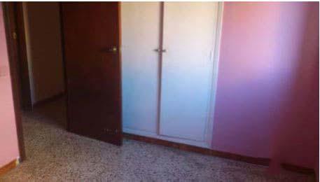 Piso en venta en Piso en Amposta, Tarragona, 68.200 €, 4 habitaciones, 2 baños, 119 m2