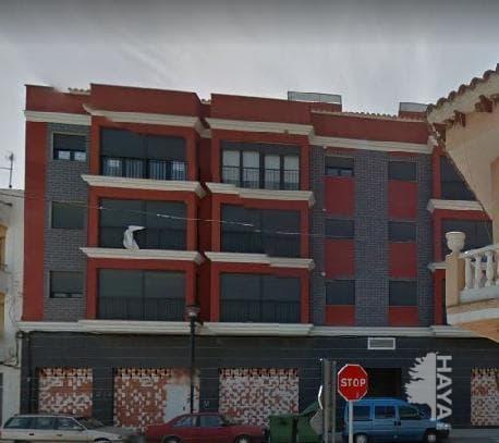 Piso en venta en Alcalà de Xivert, Castellón, Calle General Cucala, 63.200 €, 2 habitaciones, 2 baños, 81 m2