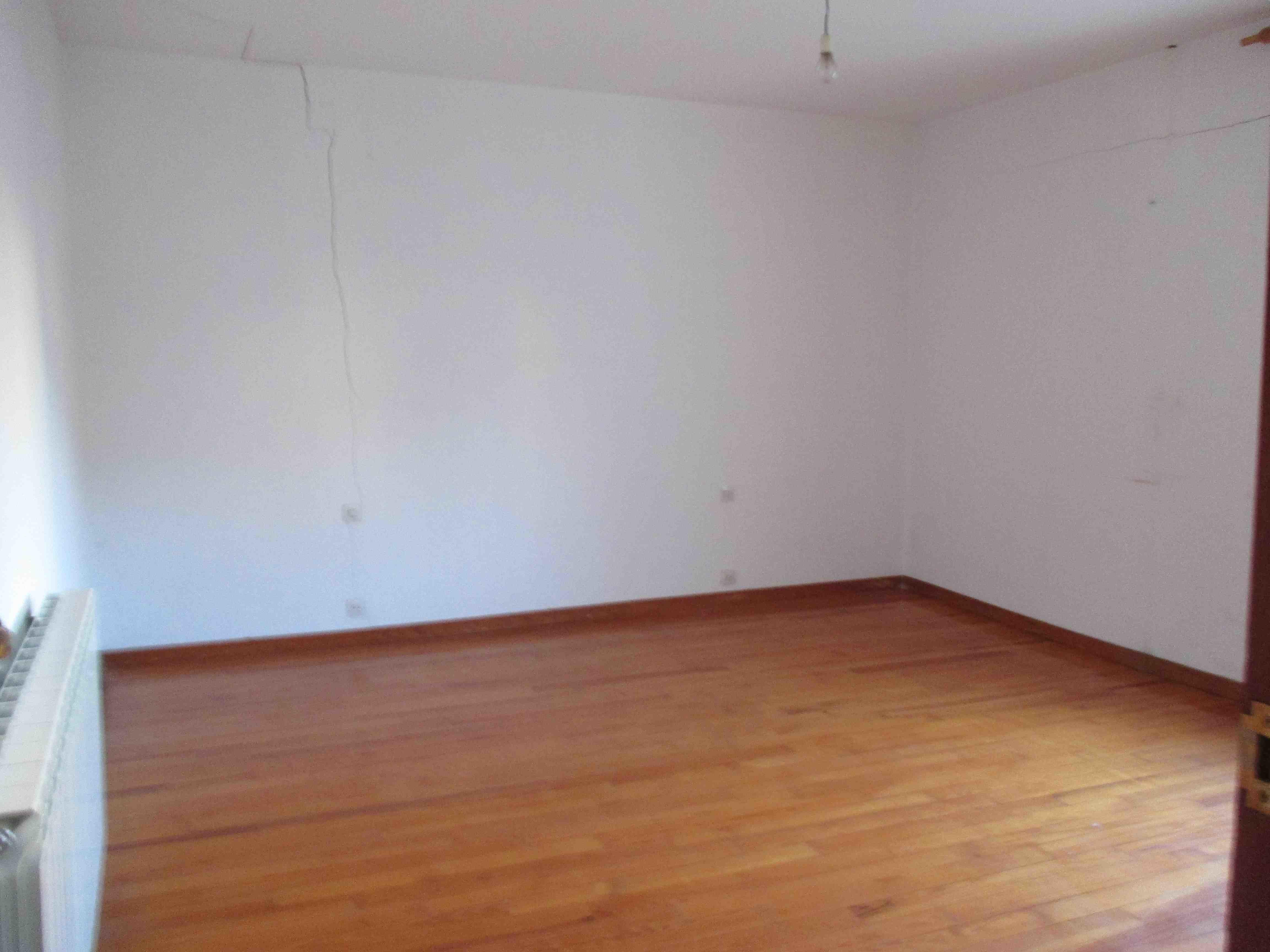 Casa en venta en Caparroso, Navarra, Calle Rafael Aizpún, 118.000 €, 4 habitaciones, 2 baños, 249 m2