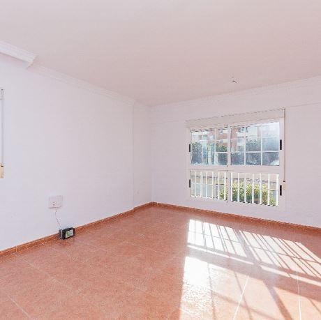 Piso en alquiler en Almería, Almería, Calle El Caserio, 450 €, 3 habitaciones, 1 baño, 93 m2