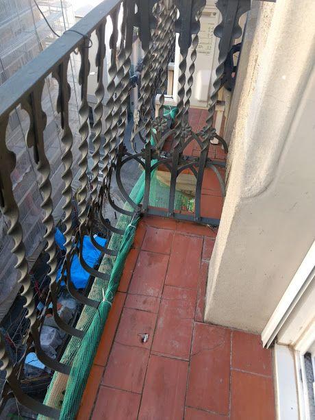 Piso en venta en Poble Sec, Barcelona, Barcelona, Calle Poeta Cabanyes, 265.000 €, 4 habitaciones, 1 baño, 67 m2