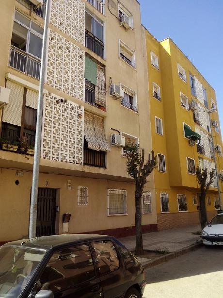 Piso en venta en Badajoz, Badajoz, Calle Ricardo Casas Lozano, 34.429 €, 3 habitaciones, 1 baño, 69 m2
