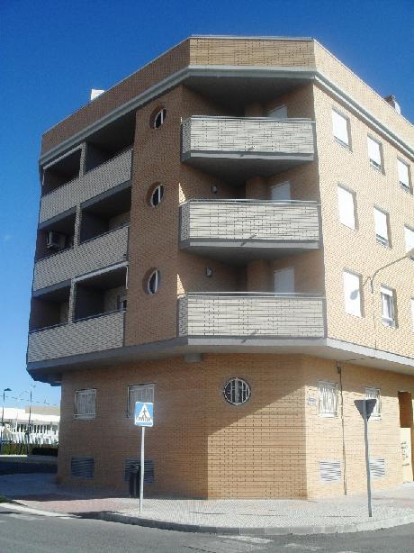 Piso en venta en Villena, Alicante, Calle Ambrosio Cotes, 125.475 €, 4 habitaciones, 1 baño, 138 m2