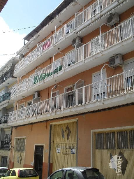 Piso en venta en Villena, Alicante, Calle San Bartolome, 51.000 €, 3 habitaciones, 1 baño, 108 m2