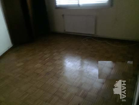 Piso en venta en Piso en Bueu, Pontevedra, 61.812 €, 3 habitaciones, 1 baño, 89 m2