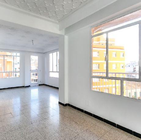 Piso en alquiler en Palma de Mallorca, Baleares, Calle Capita Vila, 950 €, 4 habitaciones, 1 baño, 109 m2