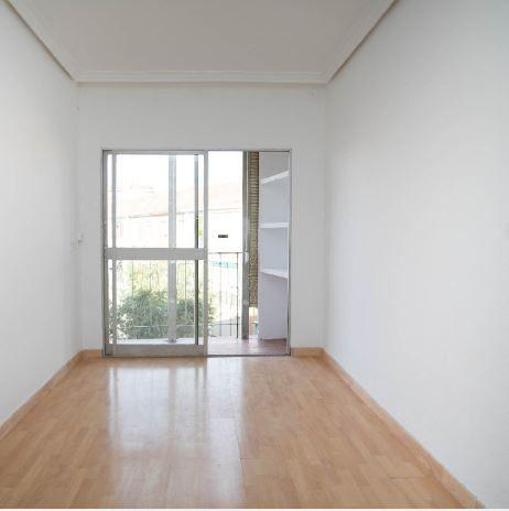 Piso en alquiler en Alcalá de Henares, Madrid, Calle Velazquez, 560 €, 3 habitaciones, 1 baño, 66 m2