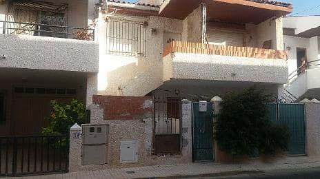 Piso en venta en Pilar de la Horadada, Alicante, Calle Alfonso X El Sabio, 49.500 €, 3 habitaciones, 1 baño, 99 m2