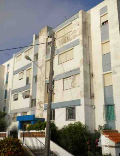 Piso en venta en Campamento, San Roque, Cádiz, Calle Alberto Casañal, 58.000 €, 1 baño, 80 m2