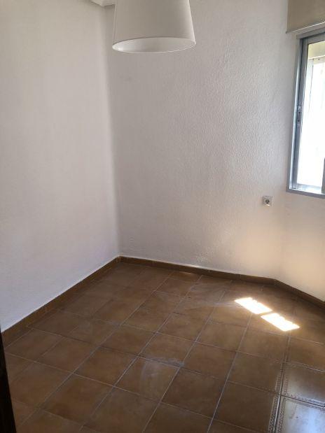 Piso en alquiler en Madrid, Madrid, Calle Porthos, 630 €, 2 habitaciones, 1 baño, 45 m2