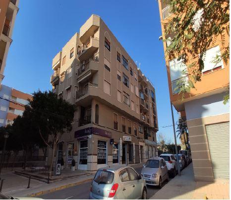 Piso en venta en Alicante/alacant, Alicante, Calle Orient, 97.700 €, 3 habitaciones, 2 baños, 122 m2