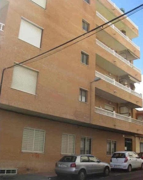 Piso en venta en Urbanización Calas Blancas, Torrevieja, Alicante, Calle del Tomillo, 39.000 €, 1 habitación, 52 m2