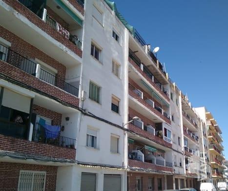 Piso en venta en Poblenou, Pineda de Mar, Barcelona, Calle Sant Jordi, 70.371 €, 1 baño, 80 m2