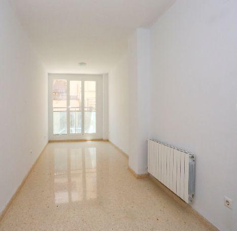 Piso en alquiler en Valencia, Valencia, Calle Esteban Ballester, 750 €, 3 habitaciones, 2 baños, 117 m2