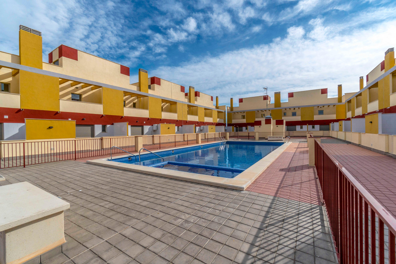 Casa en venta en Los Alcázares, Murcia, Calle Tio Diego Meroño, 93.500 €, 2 habitaciones, 1 baño, 174 m2