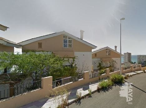 Casa en venta en Cullera, Valencia, Calle Serra Penyagolosa, 237.000 €, 3 habitaciones, 2 baños, 144 m2