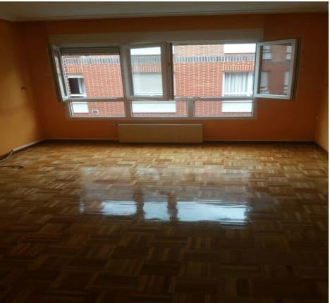 Piso en venta en Gijón, Asturias, Calle Jove I Hevia, 85.000 €, 2 habitaciones, 1 baño, 65 m2