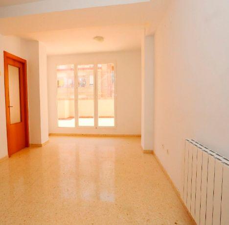 Piso en alquiler en Valencia, Valencia, Calle Esteban Ballester, 945 €, 2 habitaciones, 1 baño, 122 m2