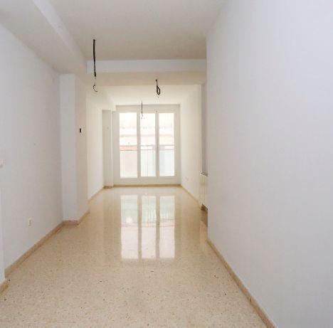 Piso en alquiler en Valencia, Valencia, Calle Esteban Ballester, 650 €, 2 habitaciones, 1 baño, 89 m2