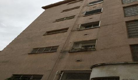 Piso en venta en El Carme, Reus, Tarragona, Calle Lleo, 63.800 €, 4 habitaciones, 1 baño, 98 m2