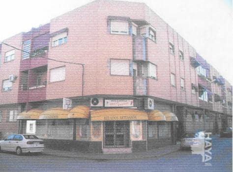 Piso en venta en Manzanares, Ciudad Real, Calle Padre Capuchinos, 50.409 €, 3 habitaciones, 2 baños, 115 m2
