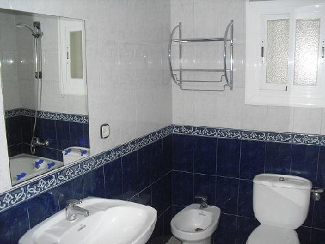 Piso en venta en Terrassa, Barcelona, Calle Germans Pinzon, 140.000 €, 2 habitaciones, 1 baño, 103 m2