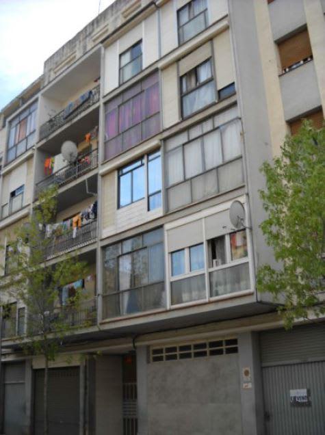 Piso en venta en Salt, Girona, Calle Esteve Vila, 61.739 €, 3 habitaciones, 1 baño, 92 m2