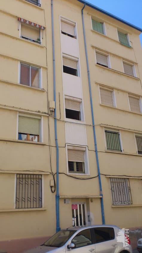 Piso en venta en Barbastro, Barbastro, Huesca, Calle Alquezar, 27.900 €, 1 baño, 58 m2