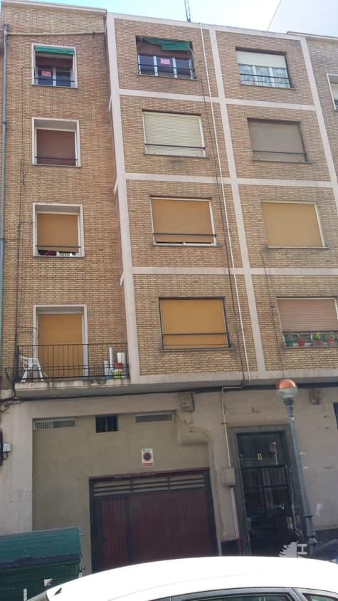 Piso en venta en El Cubo, Logroño, La Rioja, Calle Beratua, 78.000 €, 4 habitaciones, 1 baño, 118 m2