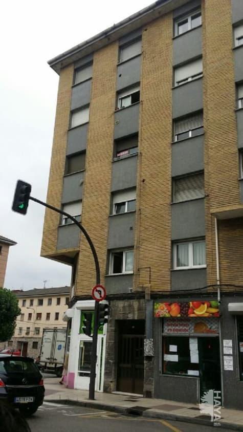 Piso en venta en San Lázaro Y Otero, Oviedo, Asturias, Calle Rio Sella, 49.800 €, 4 habitaciones, 1 baño, 84 m2