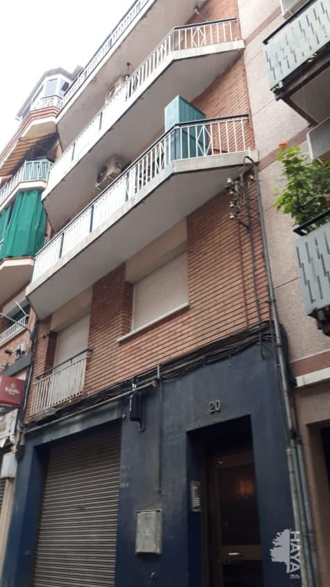 Piso en venta en Badalona, Barcelona, Calle Mila, 122.572 €, 2 habitaciones, 1 baño, 80 m2