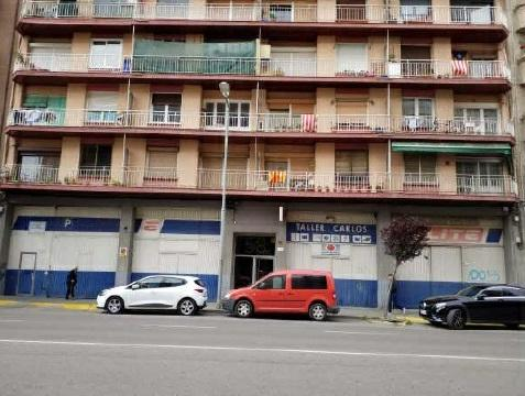 Piso en venta en Cappont, Lleida, Lleida, Avenida Garrigues, 90.000 €, 3 habitaciones, 1 baño, 82 m2