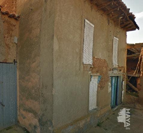 Casa en venta en La Torre del Valle, Zamora, Calle de la Ronda, 31.000 €, 4 habitaciones, 1 baño, 318 m2