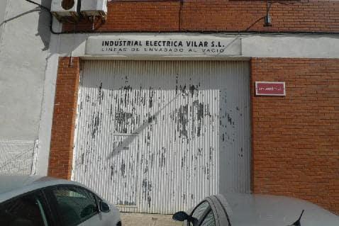 Industrial en venta en Sant Esteve Sesrovires, Sant Esteve Sesrovires, Barcelona, Calle Marie Curie, 400.330 €, 666 m2