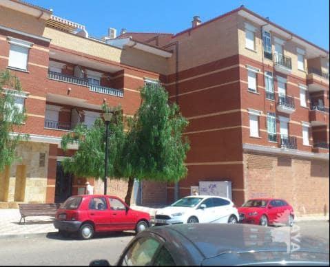 Piso en venta en La Carolina, Jaén, Avenida Ilustracion (de La), 82.100 €, 3 habitaciones, 2 baños, 98 m2