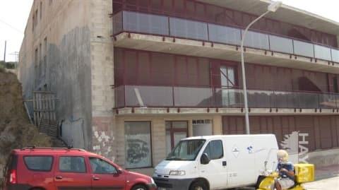 Piso en venta en Es Mercadal, Baleares, Avenida Via Ronda de Ses Costes, 69.643 €, 2 habitaciones, 3 baños, 67 m2