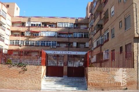 Piso en venta en Torrevieja, Alicante, Calle Hermanos Bazan, 52.373 €, 1 habitación, 1 baño, 63 m2