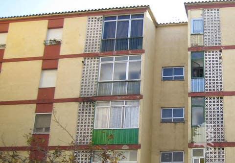Piso en venta en Figueres, Girona, Calle Verge, 56.400 €, 3 habitaciones, 1 baño, 94 m2