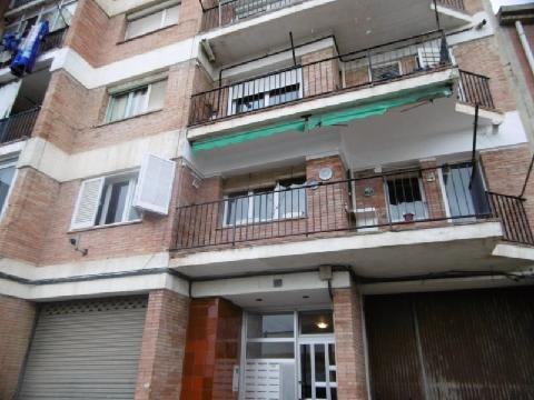 Casa en venta en Salt, Girona, Calle Pintor Fortuny, 41.830 €, 2 habitaciones, 1 baño, 62 m2