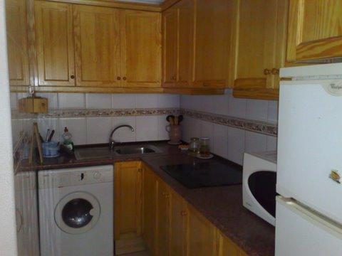 Piso en venta en Torrevieja, Alicante, Calle Arquitecto Larramendi, 88.200 €, 3 habitaciones, 2 baños, 78 m2