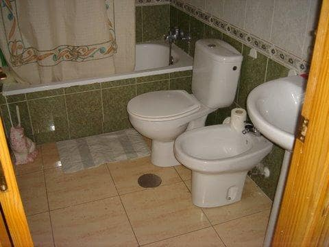 Piso en venta en Piso en Torrevieja, Alicante, 85.100 €, 3 habitaciones, 2 baños, 78 m2