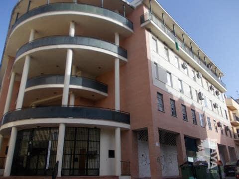 Piso en venta en Torre del Campo, Jaén, Avenida Constitucion, 70.000 €, 1 baño, 124 m2