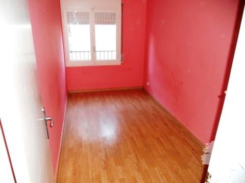 Piso en venta en Piso en Salt, Girona, 87.493 €, 3 habitaciones, 2 baños, 84 m2
